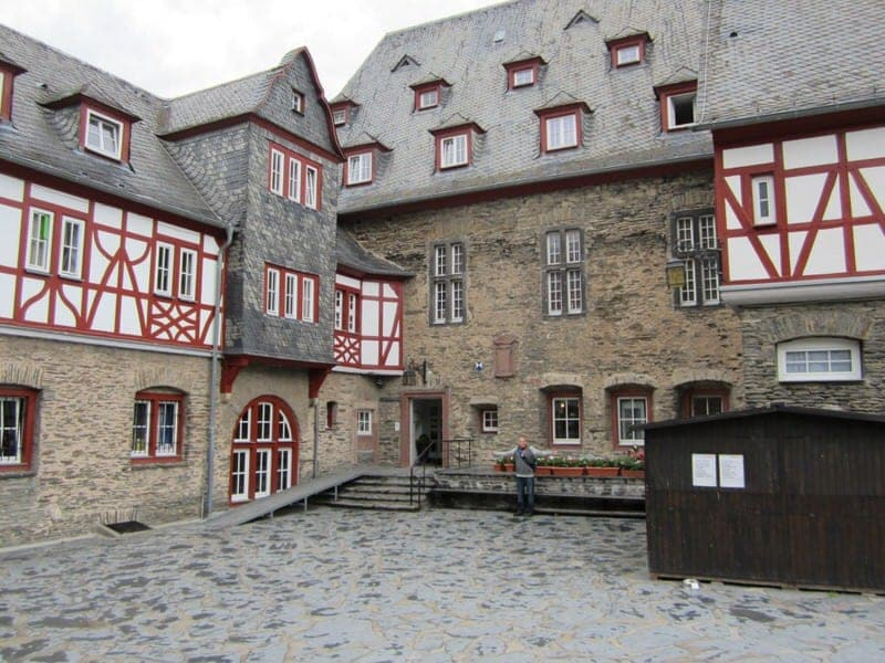 Jugendherberge Burg Stahleck in Bacharach Germany