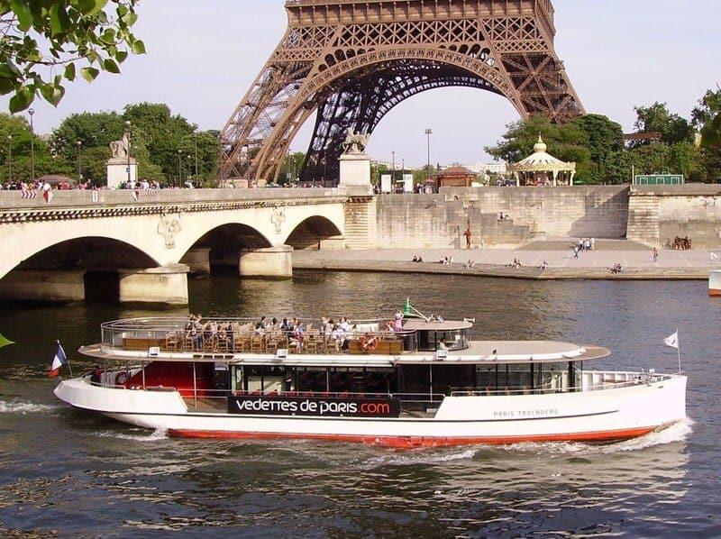 Seine cruise river boat