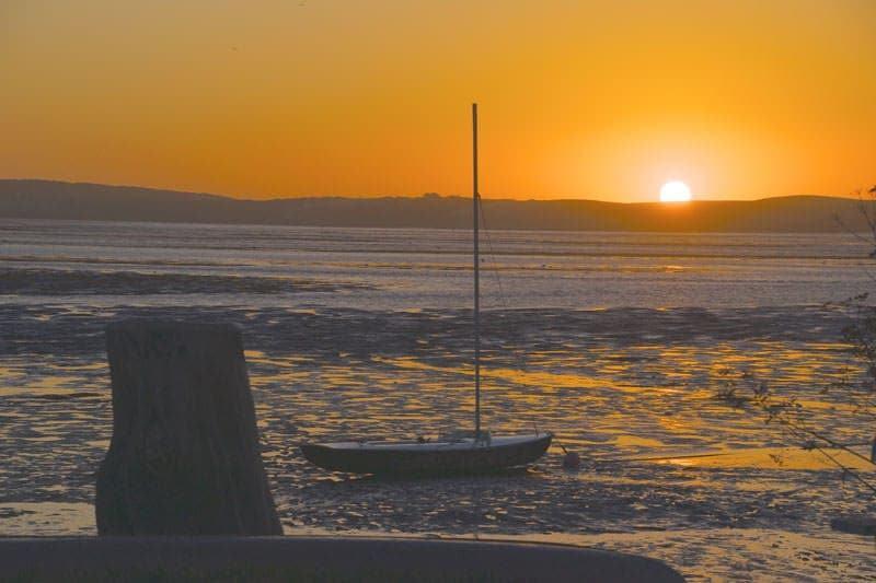sunset boat Morro Bay Los Osos California