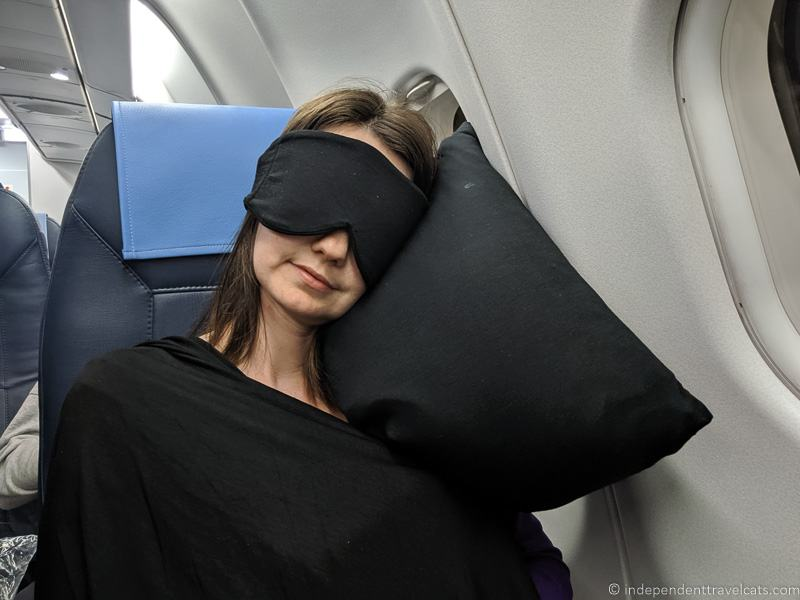 travel wrap for women Happyluxe travel wrap women on plane best travel wraps for women