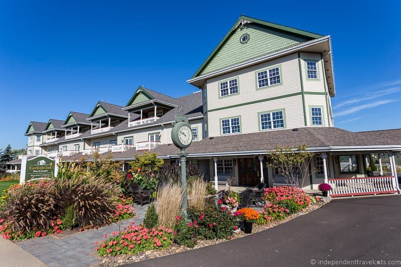Carlisle Inn Walnut Creek hotel Ohio where to stay in Amish Country things to do in Amish Country Ohio visiting Holmes County Ohio