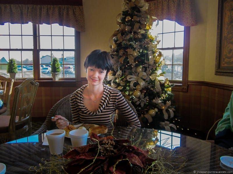 Christmas carlisle inn visit amish country ohio