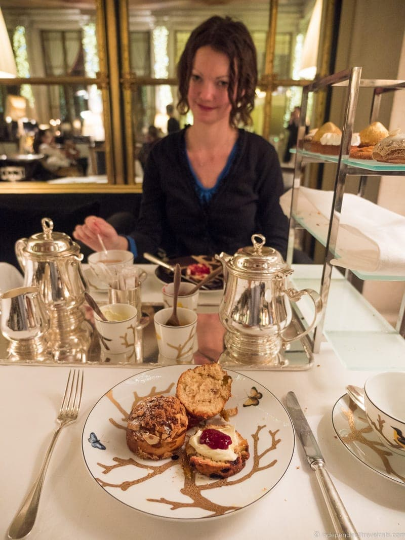 Le Meurice Le Dali luxury afternoon tea in Paris