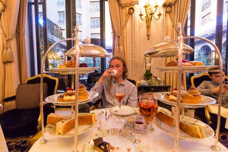 Shangri La Hotel Afternoon Tea