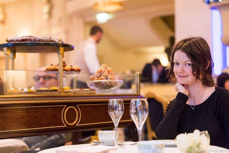 Four Seasons Hotel George V La Galerie luxury afternoon tea in Paris