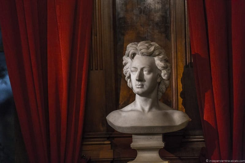 bust Keats-Shelley House Grand Tour in Rome