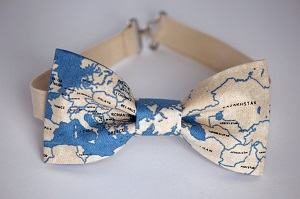 map bow tie travel themed wedding destination wedding