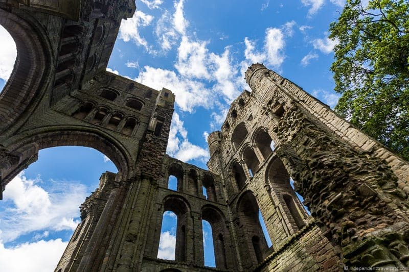 Kelso Abbey Scottish Borders highlights travel Rabbies