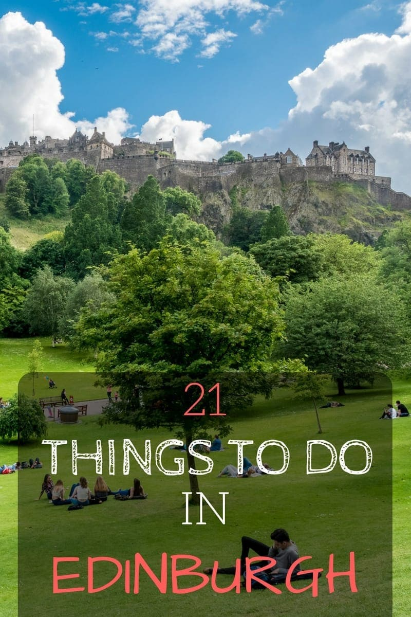 Top things to do in Edinburgh Scotland from two people who live there. From Edinburgh Castle to whisky tasting to the Botanic Gardens, we share 21 of Edinburgh most popular attractions and give you plenty of tips to make the most of your time in Edinburgh.