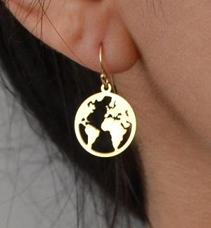 world map earrings jewellery for travellers travel inspired jewelry