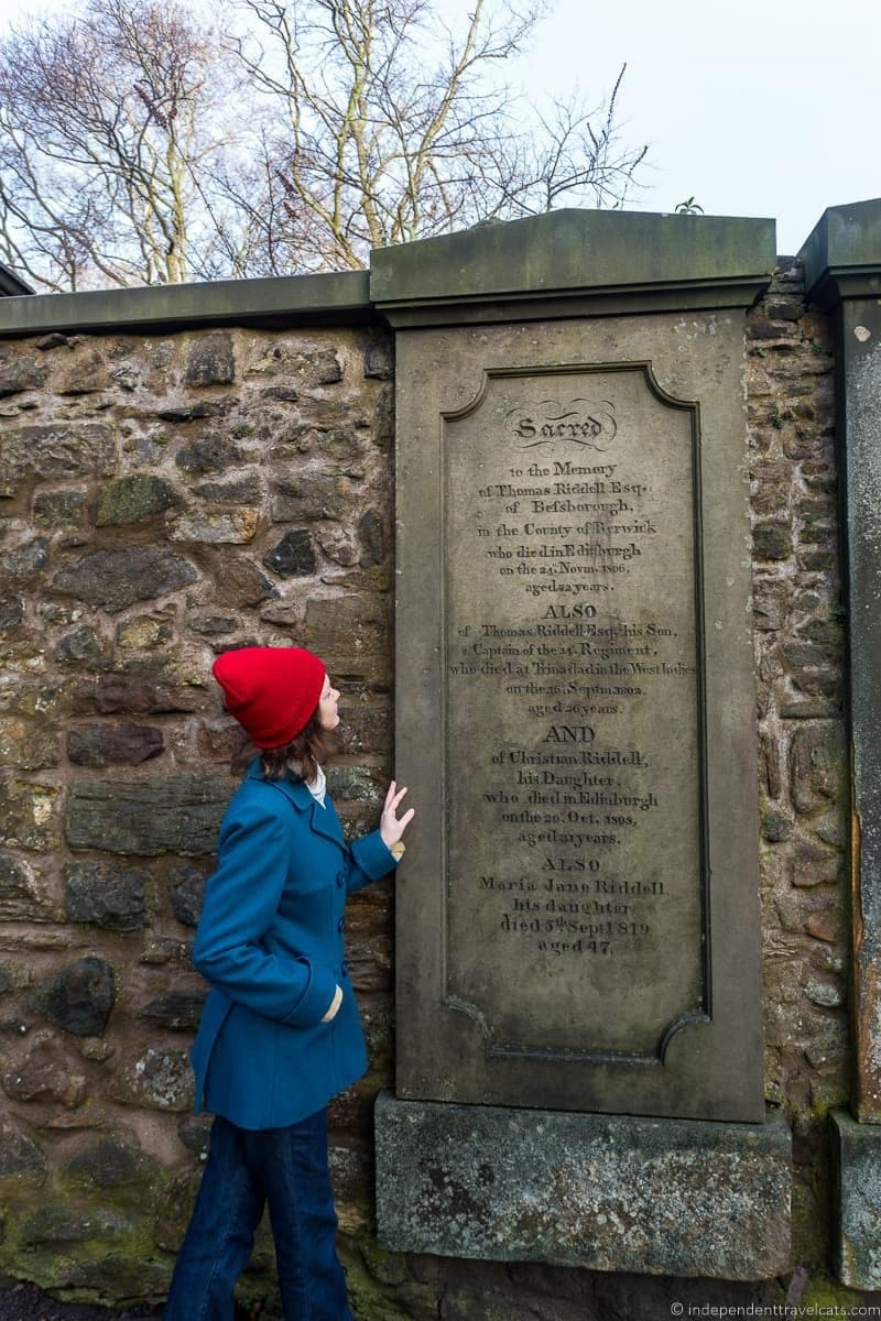Thomas Riddel Voldemort Greyfriars Kirkyard graveyard Harry Potter sites in Edinburgh Scotland J.K. Rowling