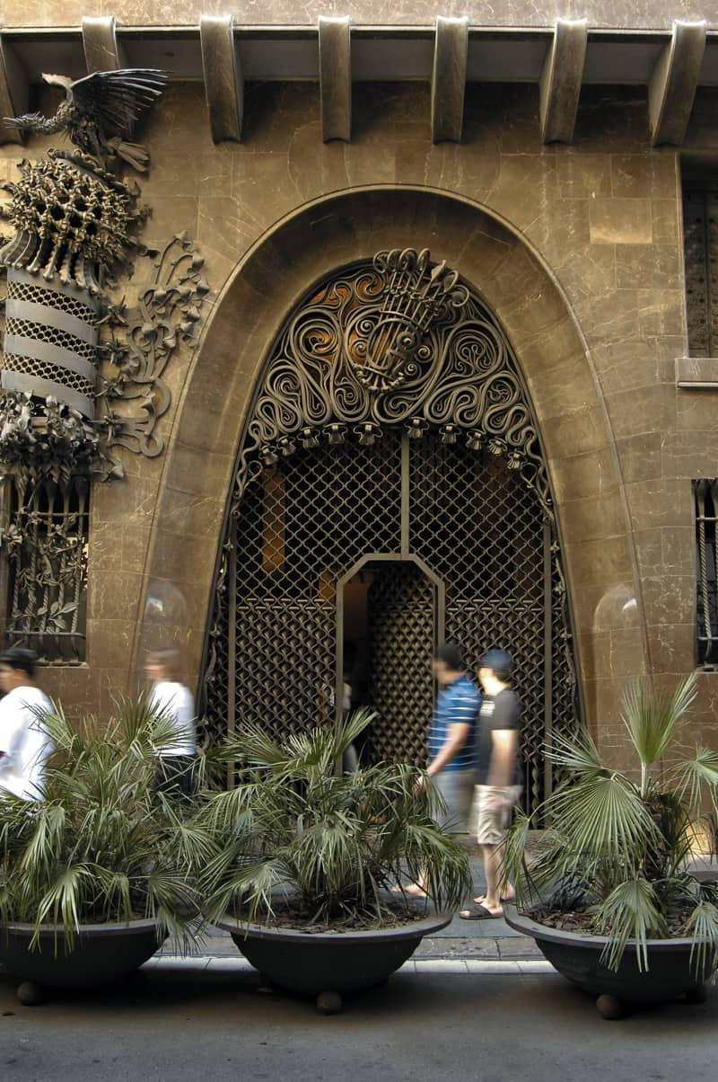 Palau Güell guide to Gaudí sites in Barcelona Spain
