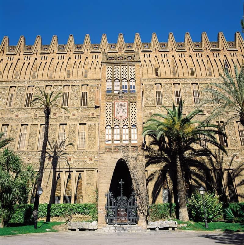 Teresians' Convent and School guide to Gaudí sites in Barcelona Spain