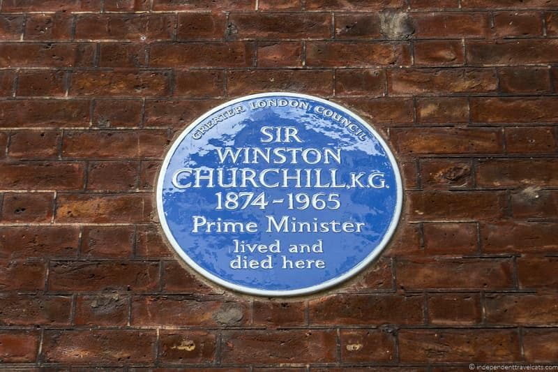 d117b5fdb916 blue plaque Winston Churchill in London sites attractions England UK