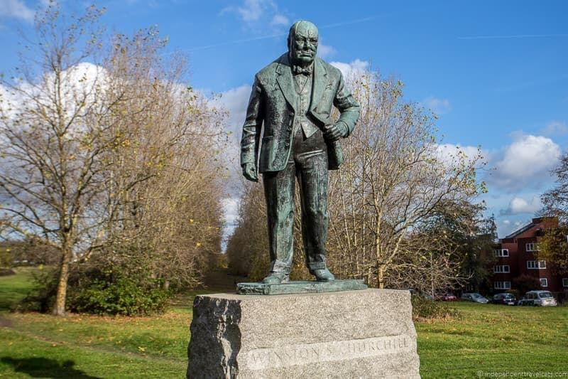 Woodford Green statue Winston Churchill in London sites attractions England UK