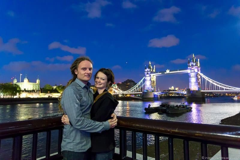 ravel photography how to take great Couple Photos while Traveling travel photos