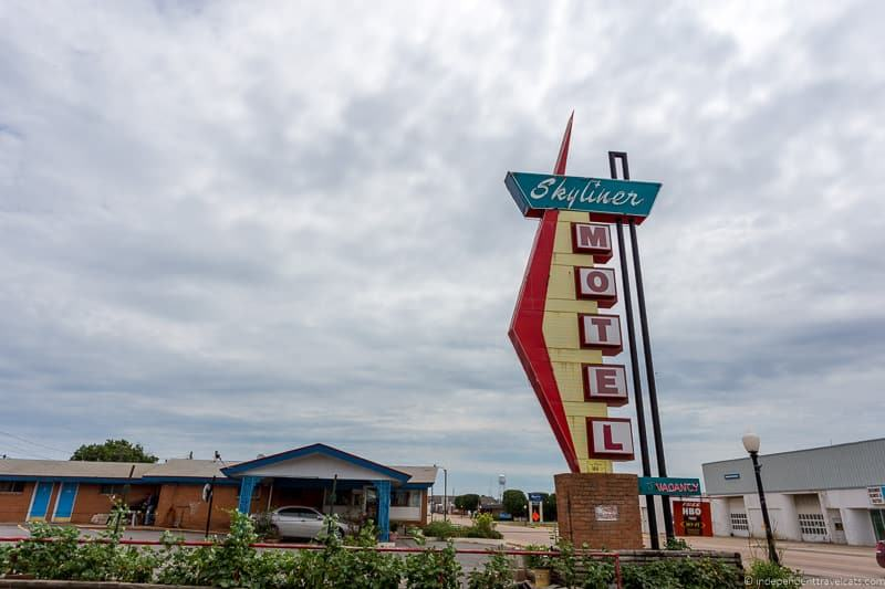 Skyliner motel sign Oklahoma 2 week Route 66 itinerary detailed guide