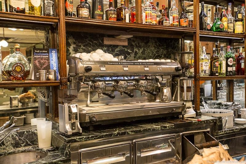 espresso machine best coffee in Rome cafés Italy Italian coffee
