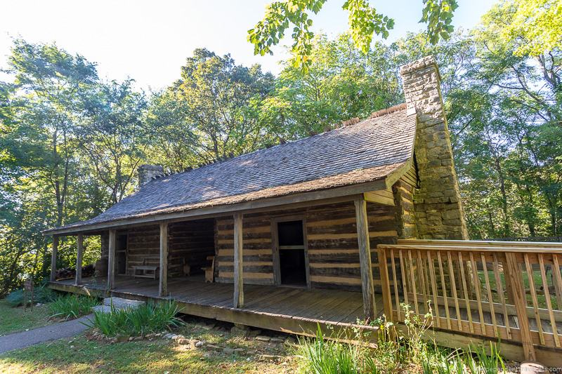 Burritt on the Mountain top things to do in Huntsville Alabama