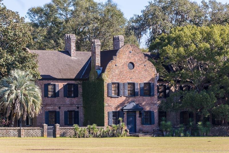 Middleton Place Plantation house Charleston plantations guide South Carolina plantation tours