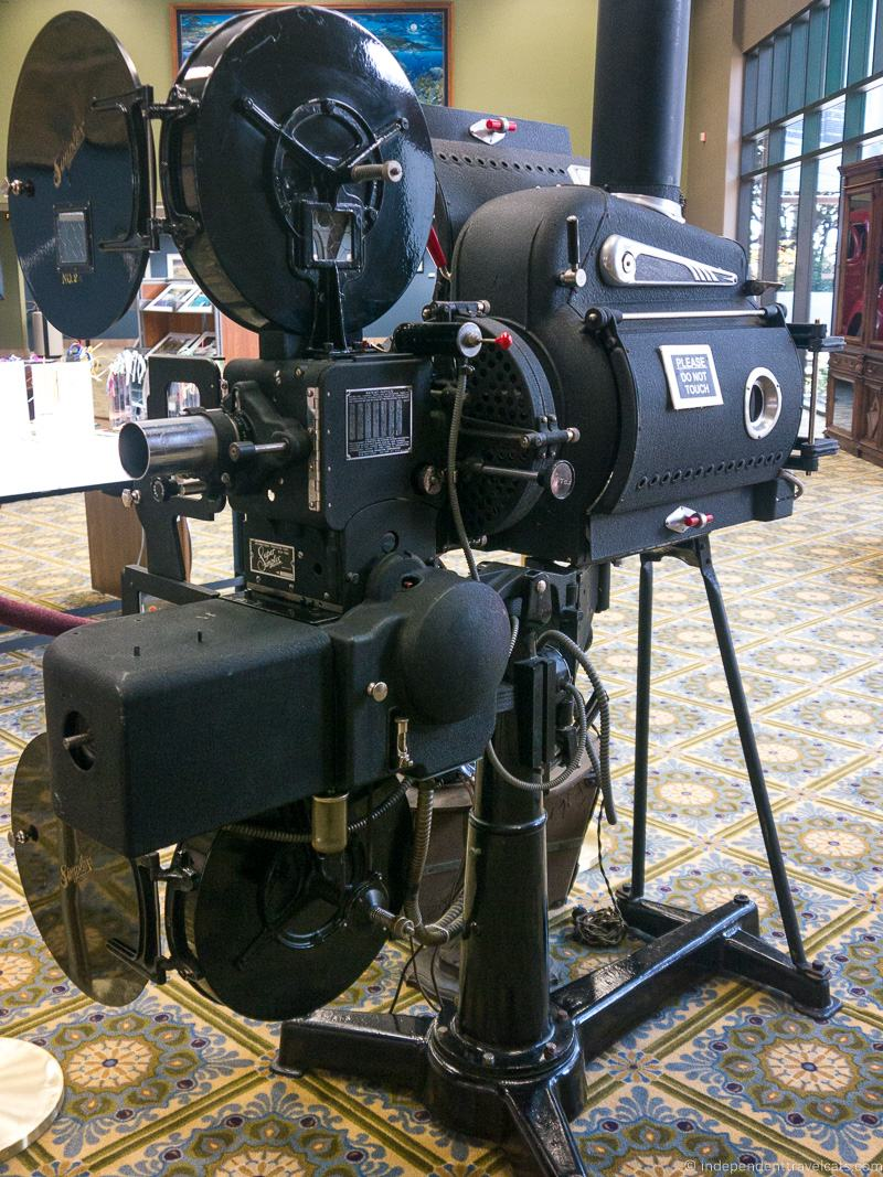 Hearst Castle film projector 1939 Super Simplex Film Projector with 35 mm lens was used by William Randolph Hearst.