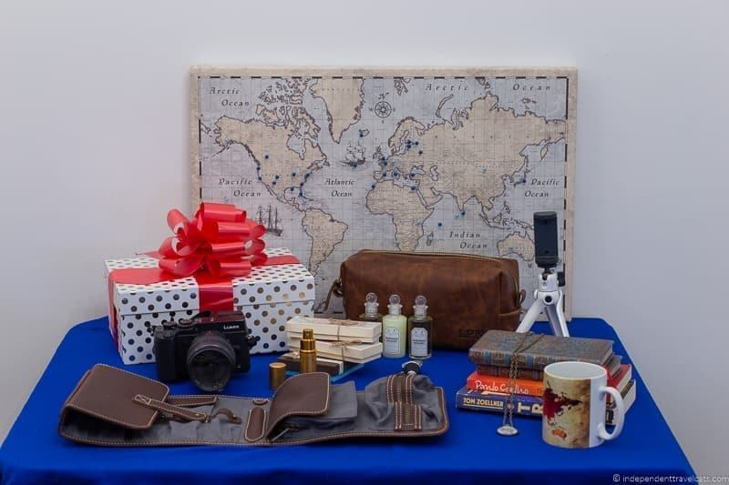 travel gift guide best gifts for travelers traveler gift ideas