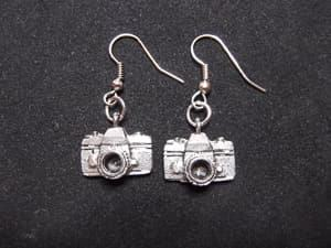 camera earrings travel jewelry jewelry for travelers travel themed jewelry jewellery for travellers