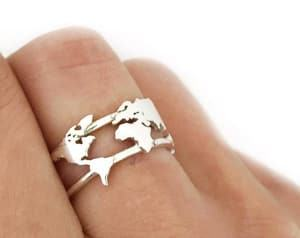 silver world map ring travel jewelry jewelry for travelers travel themed jewelry jewellery for travellers