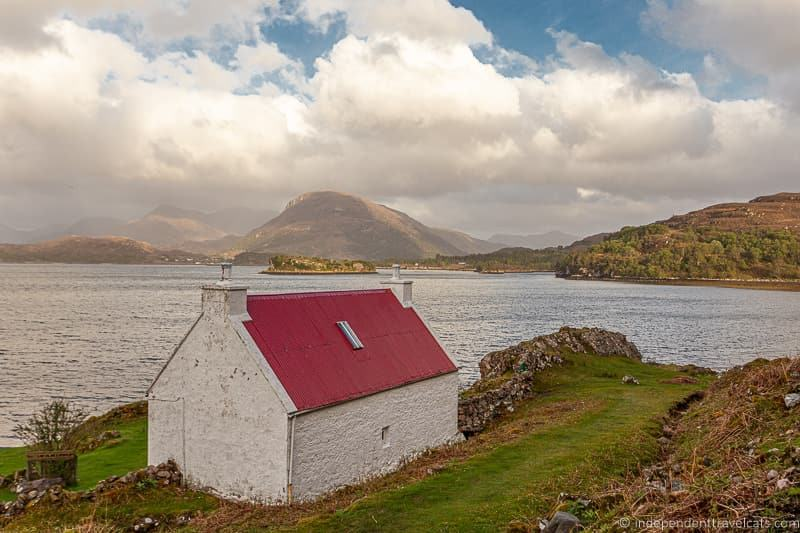 Scottish cottage 7 day North Coast 500 road trip itinerary
