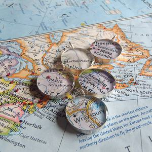 map charm wedding bouquet travel themed wedding destination wedding
