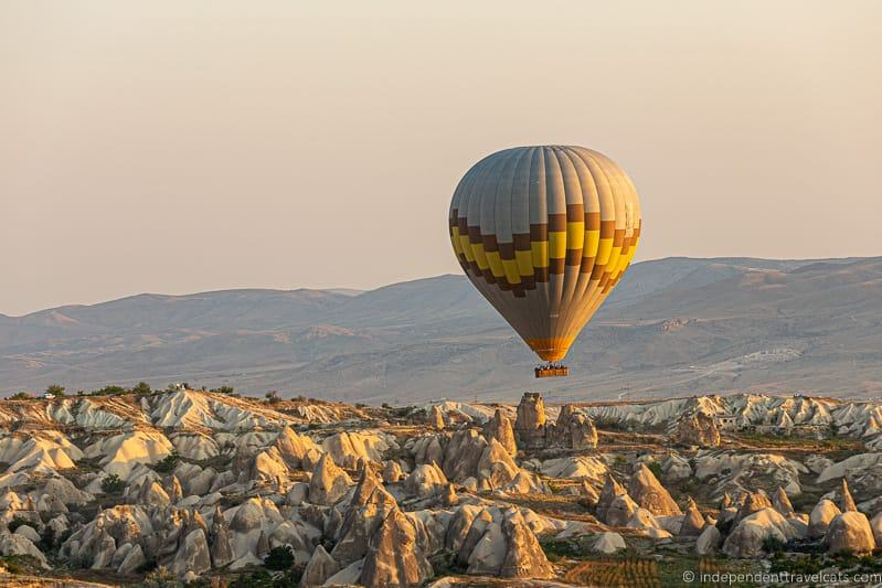 hot air balloon in Cappadocia 2 weeks in Turkey itinerary