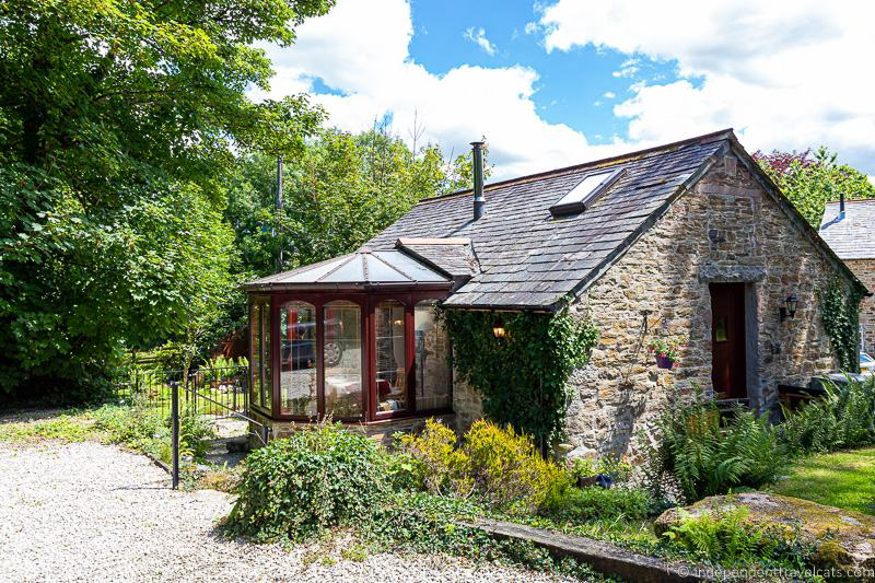 holiday cottage Airbnb alternatives best apartment booking websites