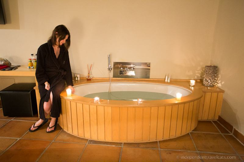 taking a bath while traveling travel tips for bath lovers bathtub