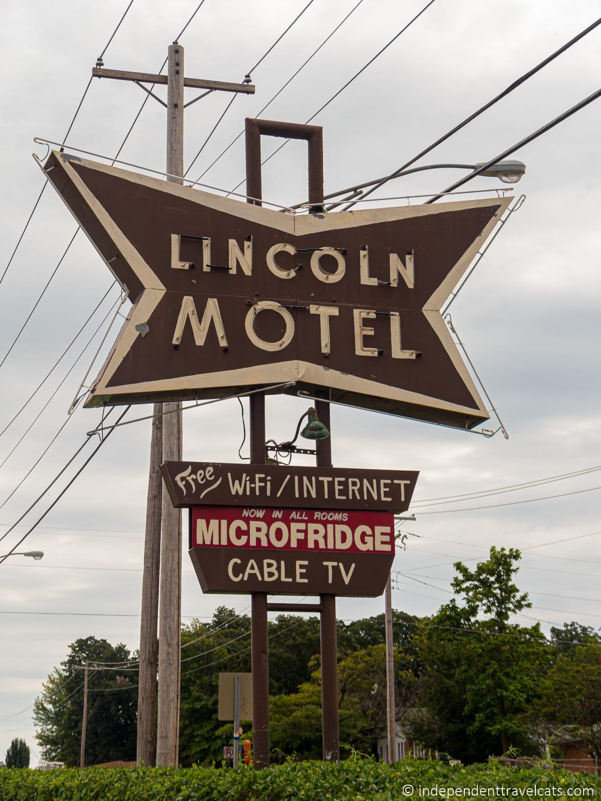 Lincoln Motel sign in Chandler Oklahoma Route 66 motels