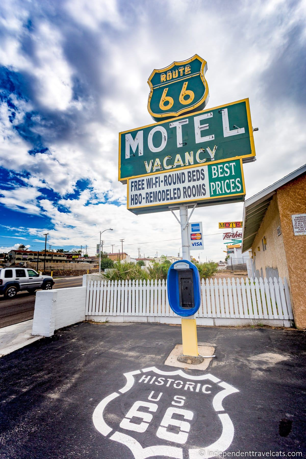 Route 66 Motel in Barstow California Route 66 motels vacancy sign